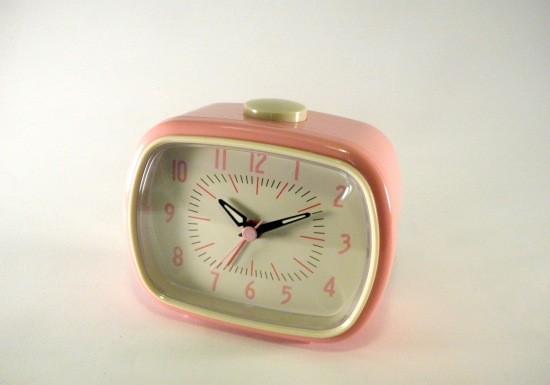 reveil-retro-rose-pink-alarm-clock-rex